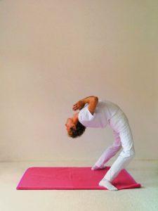 Yogastellung Rad Schritt 2